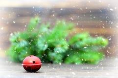 Kartka bożonarodzeniowa z dźwięczenie dzwonem Obrazy Royalty Free