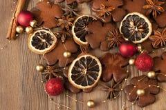 Kartka bożonarodzeniowa z miodownikiem i dekoracjami Zdjęcia Royalty Free