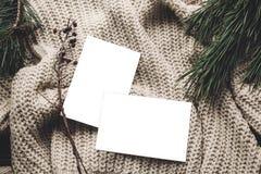 Kartki bożonarodzeniowa mockup pusta kartka bożonarodzeniowa z przestrzenią dla teksta, fotografia stock