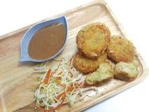 Kartoffel Korokke ist eine japanische Nahrung, die von der französischen Küche angepasst wird, die Croquette genannt wird lizenzfreie stockfotografie