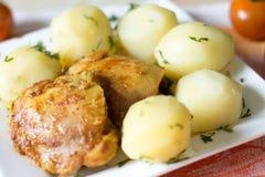 Kartoffel mit Huhn Stockfotos