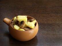 Kartoffel mit porcini Pilzen Stockbilder