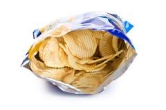Kartoffelchip innen Beutel Stockfotos