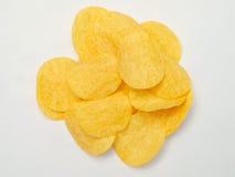 Kartoffelchips getrennt auf weißem Hintergrund Lizenzfreies Stockfoto