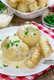 Kartoffeln angefüllt mit gehacktem Fleisch Lizenzfreie Stockfotos