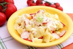 Kartoffelsalat Lizenzfreies Stockfoto