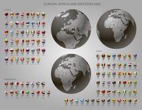 Kartografuje markierów z flaga Europa, Afryka, western Azja i kula ziemska, Zdjęcia Royalty Free