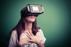 Kartonowa rzeczywistość wirtualna zdjęcie royalty free