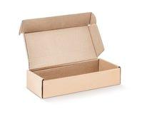 Kartonowy Kraft pudełko otwarty i odosobniony na bielu Obraz Stock