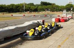 Karts perto de um circuito de competência Fotografia de Stock Royalty Free