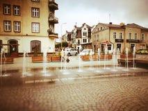 Kartuzy-Stadtzentrum Künstlerischer Blick in den Weinlesekräftigen farben Stockbild