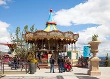 Karusell på det Tibidabo nöjesfältet Arkivbilder