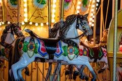 Karussell an der Spaßmesse Lizenzfreie Stockfotos
