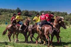 Kasachisches Nationalmannschaftsspiel, das Kokpar reitet lizenzfreie stockfotografie