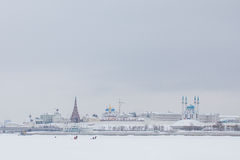KASAN, RUSSLAND - 19. JANUAR 2017: Der Kreml am Schneewintertag Lizenzfreie Stockfotos