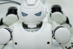 Kasan, Russland - March2018: Kleiner Roboter mit menschlichem Gesicht und Körper - Humanoid Künstliche Intelligenz Lizenzfreies Stockfoto