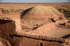 Kasbah Ait Benhaddou в горах атласа Марокко Стоковые Фотографии RF