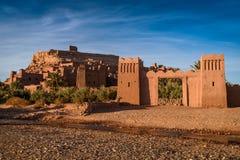 Kasbah Ait Benhaddou nas montanhas de atlas de Marrocos Foto de Stock