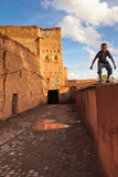 Kasbah Taourirt gata i medinaen Ouarzazate morocco Arkivbild