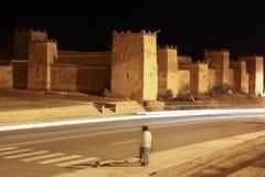 Kasbah Taourirt på natten Ouarzazate morocco Arkivfoto