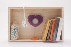 kasety taśma, słuchawka, obrazek rama i szczęście, gramy główna rolę Fotografia Stock