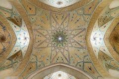 Kashan Iran, Grudzień, - 8, 2015: Piękny sufit Agha Bozor Zdjęcia Royalty Free