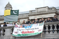 Kashmir demonstration Trafalgar Square London Arkivfoto