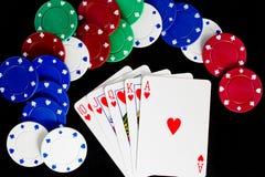 Kasino-Chips und königliches Erröten Lizenzfreies Stockbild