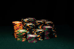 Kasino-Schürhaken-Chips Stockfotografie