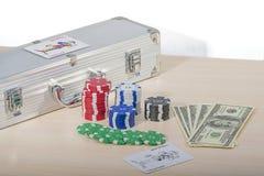 Kasinochiper och pengar Fotografering för Bildbyråer