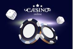 Kasinopokerchips und -würfel Chips des Kasinospiels 3D On-line-Kasinofahne Blauer realistischer Chip Spielendes Konzept, Poker Lizenzfreies Stockfoto