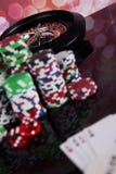 Kasinoroulett- och pokerchiper Arkivfoto