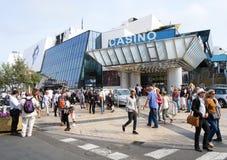 Kasinot och de Palais des-festivalerna i Croisette i Cann Arkivfoton