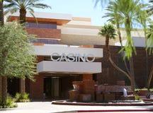 Kasinotecknet som är rött vaggar kasinot Royaltyfri Bild