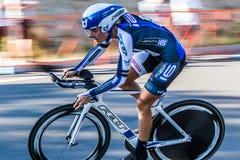 Kaskad som 2014 cyklar det klassiska vägloppet Royaltyfri Bild