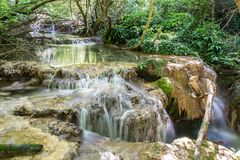 Kaskada Małe siklawy w Lasowym Krushuna, Bułgaria 2 zdjęcia stock