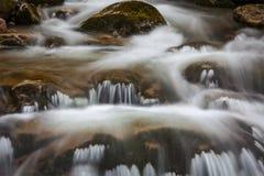 Kaskade von Sibli-Wasserfall. Bayern, Deutschland Lizenzfreie Stockfotos