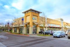 Kaskaden-Stations-Einkaufszentrum am regnerischen Tag es ist in N Lizenzfreie Stockfotos