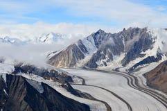 Kaskawulsh glaciär och berg, Kluane nationalpark, Yukon 04 Royaltyfri Foto