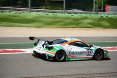Kaspersky Motorsport Ferrari 488 GT3 på Monza Royaltyfri Bild