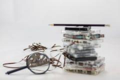 Kassette, nach alten Stücken vom 70& x27 suchend; s Lizenzfreie Stockfotografie