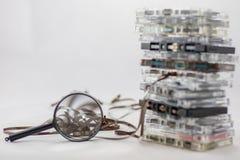 Kassette, nach alten Stücken vom 70& x27 suchend; s Lizenzfreies Stockfoto