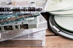 Kassetten und CD Stockfotos