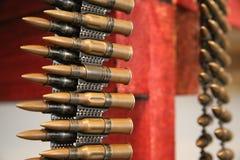 Kassetter skjuter med kulspruta in bältet fotografering för bildbyråer