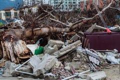 Kasta platsen som indikerar katastrof som tsunami, jordskalv, tromb eller tyfon fotografering för bildbyråer