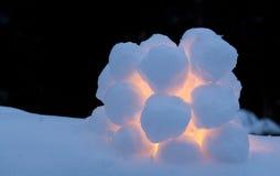 Kasta snöboll lyktan Arkivbilder