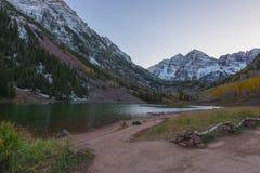 Kastanjebruine Klokkenzonsopgang Aspen Colorado Stock Foto