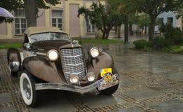 1935 kastanjebruna SC 851 i regn Royaltyfria Bilder