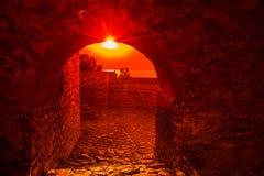 Kasteel bij zonsondergang Stock Foto's