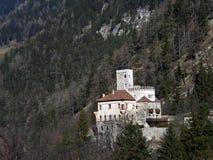 Kasteel in de bergen in Tirol Oostenrijk Stock Afbeelding